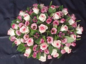 gemengd rose grafstuk